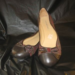Tommy Hilfiger Flats, Size 10. GUC